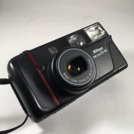 Nikon appareil argentique nikon tw zoom 35 80 35mm compact autofocus