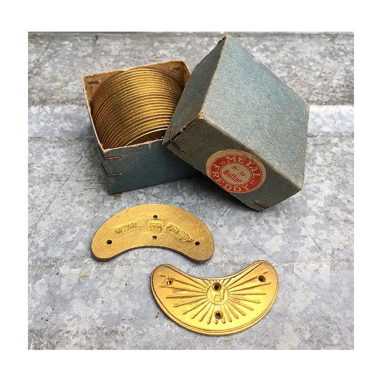 brass metal metallic shoe protection vintage antique 1930 freddy 55 front