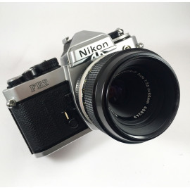 film camera reflex 1983 nikon fe2 chrome micro nikkor 55mm 3.5 35mm vintage