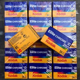 kodak elite chrome 200 diapo diapositive slide film color analog camera 24 exposures vintage expired