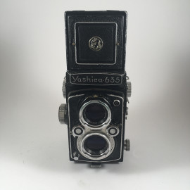 yashica 635 120 reflex TLR yashikor 80mm 3,5 analog camera medium format antique vintage photography photo film
