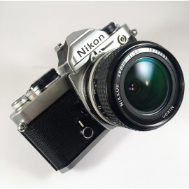nikon fm argentique reflex 28mm nikkor 3.5  135 35mm film appareil ancien