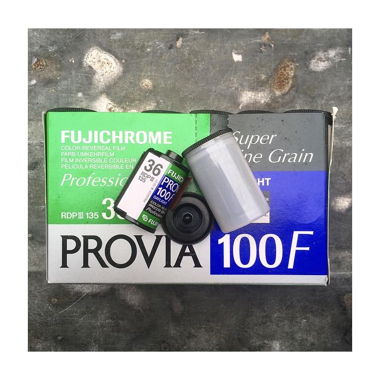 provia 100f 35mm fuji fujifilm 36 poses fujichrome diapo couleur diapositives 100 périmée 2007