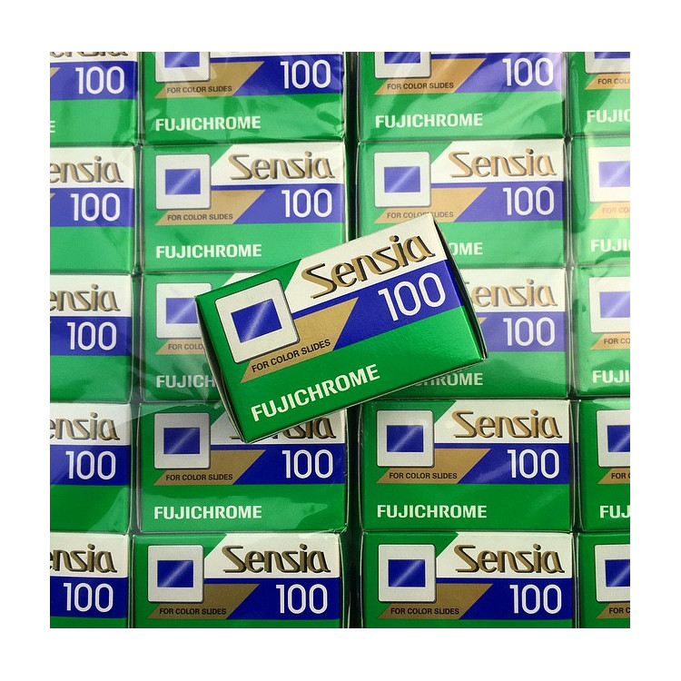 sensia fujichrome fuji fujifilm 100 slide film 36 exposures exp color diapo expired