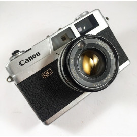 Canon Canonet QL19  45mm 1.9 compact film camera vintage antique 35mm 135
