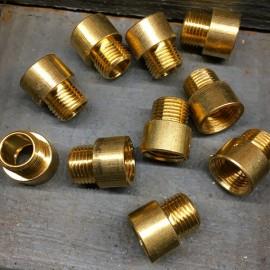 raccord male femelle sortie de câble M10 filetage laiton laitonnée doré or métal électrique électricité