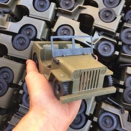 jeep miniature jouet ancien vintage jura plastique mou 1960