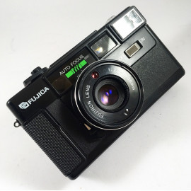 fujica auto 7 auto-7 autofocus point and shoot compact argentique appareil film pellicule 1981 38mm 2.8