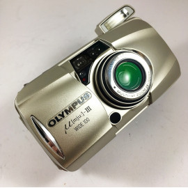 olympus mju III 3 wide 100 28mm 100mm zoom 35mm  point and shoot 2002 135 argentique