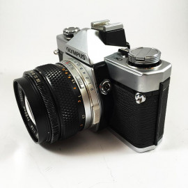 olympus om1 135 analog zuiko 50mm 1.4 reflex zuiko film camera silver