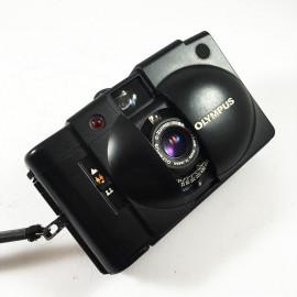 olympus xa2 d.zuiko 35mm 3.5 135 compact argentique petit film