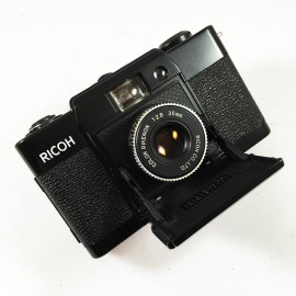 Ricoh ff1 ff-1 compact 35mm rikenon 35mm 2.8 point and shoot petit appareil argentique vintage ancien