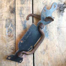 poignée loquet grange ferme grande porte verrou métallique métal ancienne vintage 1900