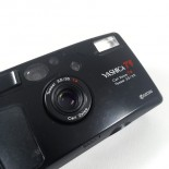 yashica T5 black 35mm point and shoot 3.5 tessar carl zeiss 135 film analog 1995