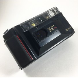 yashica T2 noir point and shoot tessar 35mm 3.5 135 argentique 1986