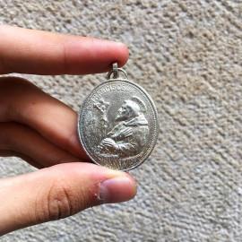 metallic metal medal 1980 christian virgin mary saint francis of assisi