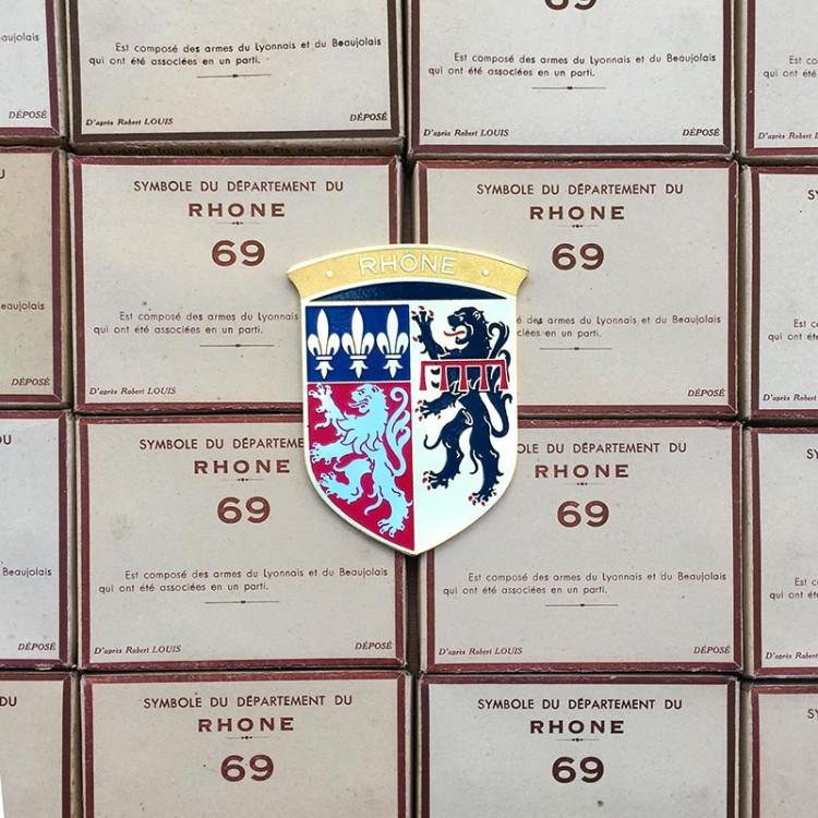 metal plaque for car automobilia vintage 1960 rhone lyon area symbol gas station lion