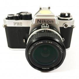 appareil reflex argentique nikon fe2 chrome 28mm 3.5 nikkor 35mm film