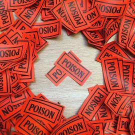 petite étiquette poison rouge ancienne pharmacie docteur hopital vintage 1920 1930 bouteille flacon