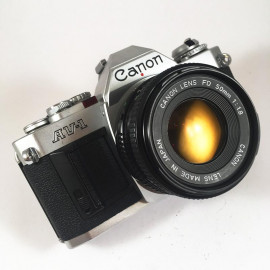 Canon AV-1 35mm Film Camera reflex vintage antique 50mm 1.8 chrome