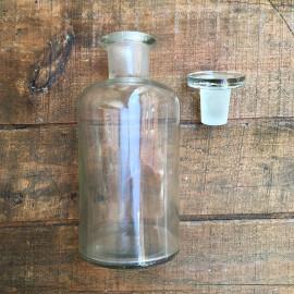 flacon ancien vintage laboratoire bouchon à l'émeri 1980 1970 verre transparent