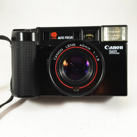 canon af35ml 40mm 1.9 point and shoot analog camera film 1980 flash 35mm 135