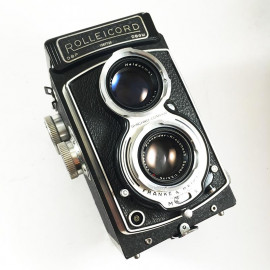 rollei 120 reflex TLR rolleicord 4 IV xenar 75mm 3,5 analog camera medium format antique vintage photography photo film