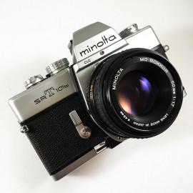 minolta srt 101b srt101b chrome vintage analog camera reflex 24 36 35mm 50mm 1.7 rokkor