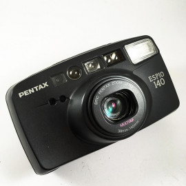 point and shoot Pentax camera analog espio 140 38 140 35mm compact autofocus zoom antique