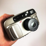 minolta riva af zoom 70 point and shoot ancien vintage 35-70mm  argentique 1998 compact camera