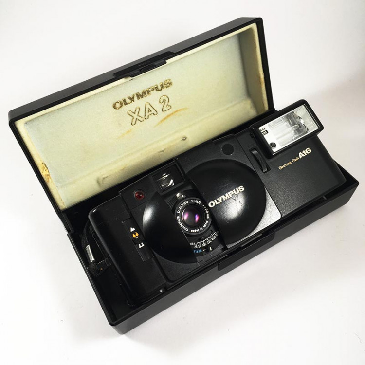 olympus xa2 d.zuiko 35mm 3.5 135 compact argentique petit film a16