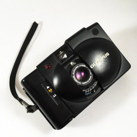 olympus xa2 d.zuiko 35mm 3.5 135 compact analog camera film a16