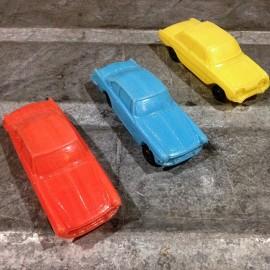 voiture petite miniature plastique soufflé ferrari épicerie bazar 1960