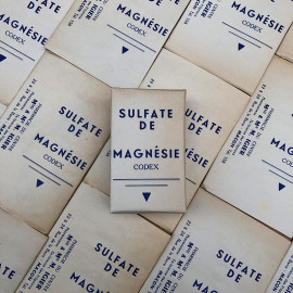 old pharmacy box vintage paper magnesia sulphate medicine doctor 1930 1940 packaging white antique sulfate de magnesie