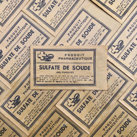 small paper bag yellow sulfate de soude baking soda 1940 1930 pharmacy medicine doctor vintage antique