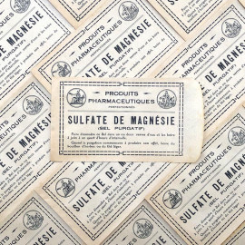 small paper bag sulfate de magnesie magnesia magnesium sulphate 1940 1930 pharmacy medicine doctor vintage antique