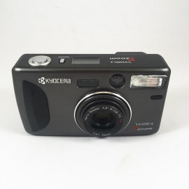 Yashica T Zoom Zeiss Vario Tessar 28-70 35mm 135 argentique haut de gamme 1990