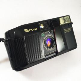 fujica fuji dl 300 dl300 point and shoot analog camera film flash 35mm 135 2.8