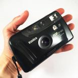 konica pop noir ancien vintage automatique af 800 point and shoot flash