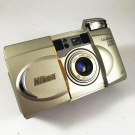 Nikon Lite Zoom 100W 28 100 35mm analog camera zoom point and shoot vintage macro