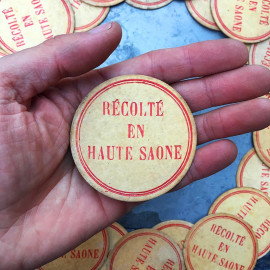 honey antique récolté haute Saône vintage cardboard honey house beekeeper 1950