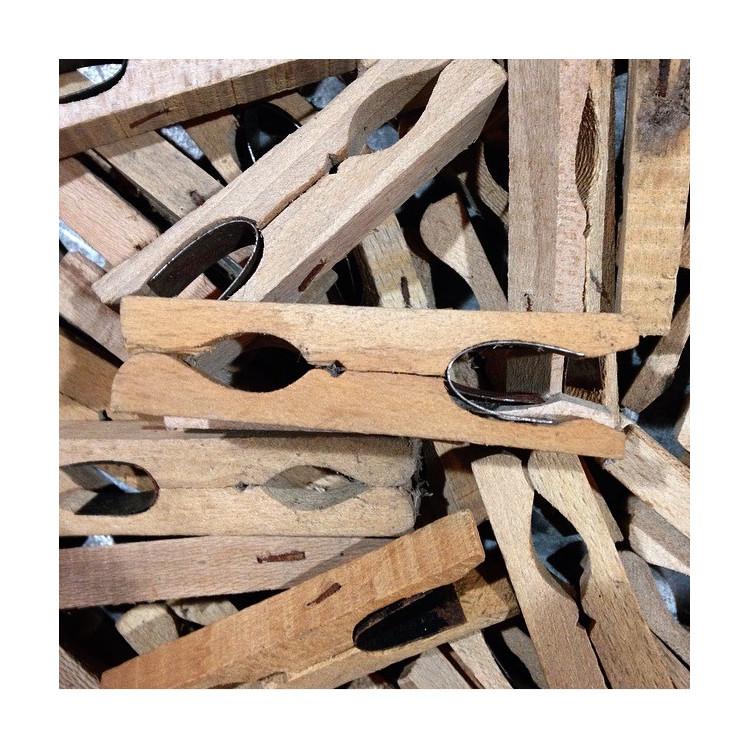 pince à linge bois ancien vintage artisan main artisanat bois 1920