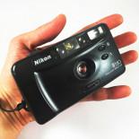 nikon AF220 compact autofocus point and shoot sure shot appareil argentique 29mm 4.5 135 vintage ancien