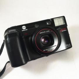 Minolta af-tele super macro af dl autofocus antique vintage 35mm 80mm point and shoot compact analog 1988