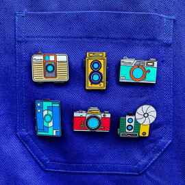 photo analog photography camera collection pin badge enamel accessories les ateliers de marinette metal lyon vintage