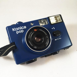 konica pop blue36mm 4 compact point and shoot antique vintage 1982 flash