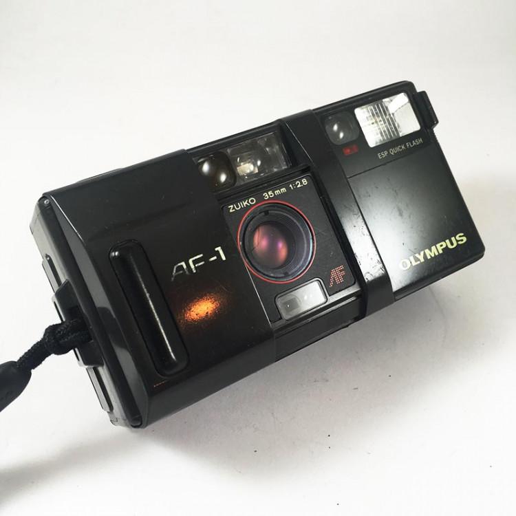olympus af-1 appareil compact argentique 35mm 135 ancien vintage photo