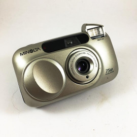 minolta riva af zoom 75w point and shoot ancien vintage macro 28-75mm 3.5 8.9 argentique compact camera