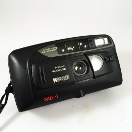Ricoh RW-1 Date compact 34mm 35mm 4.5 point and shoot compact analog vintage