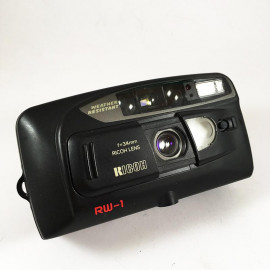 Ricoh RW-1 Date compact 34mm 35mm 4.5 11.2 point and shoot compact analog vintage
